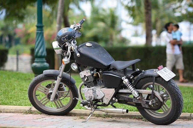 motorka u parku
