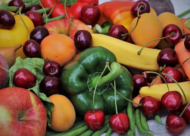 paprika mezi ovocem